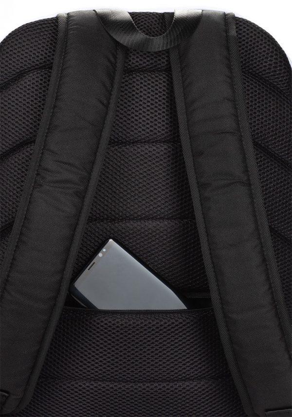 antony yorck rucksack craquelee schwarz logo weiss extra fach laptop notebook 15 zoll plus geheimfach wasserfest ansicht rueckseite geheimfach