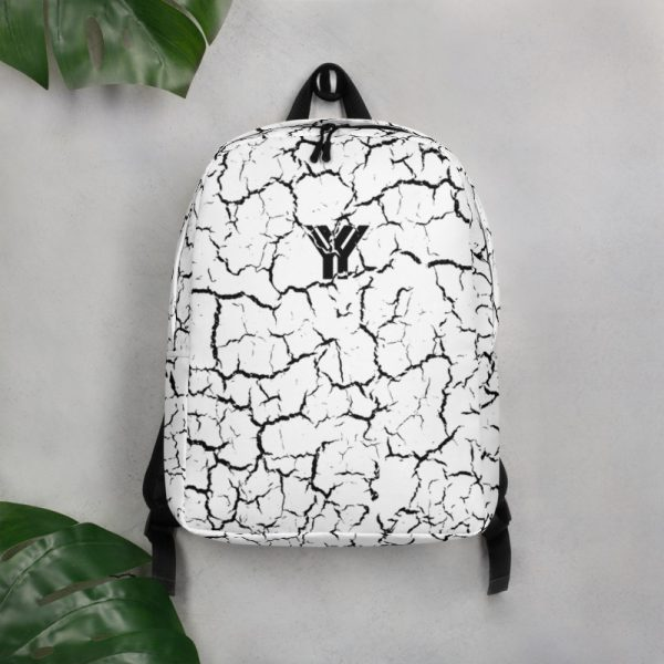 antony yorck rucksack craquelee weiss logo schwarz extra fach laptop notebook 15 zoll plus geheimfach wasserfest ansicht vorderseite wand