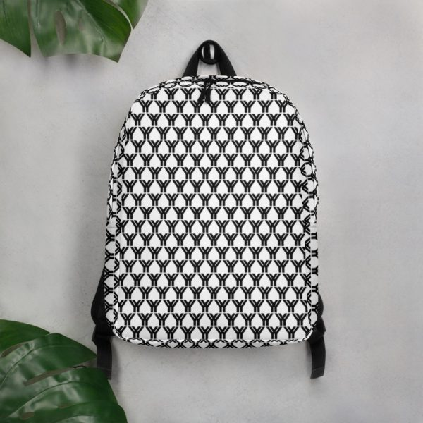 antony yorck rucksack fashion brand logo grid schwarz weiss extra fach laptop notebook 15 zoll plus geheimfach wasserfest ansicht front an der wand 5E85BEA19FA2C