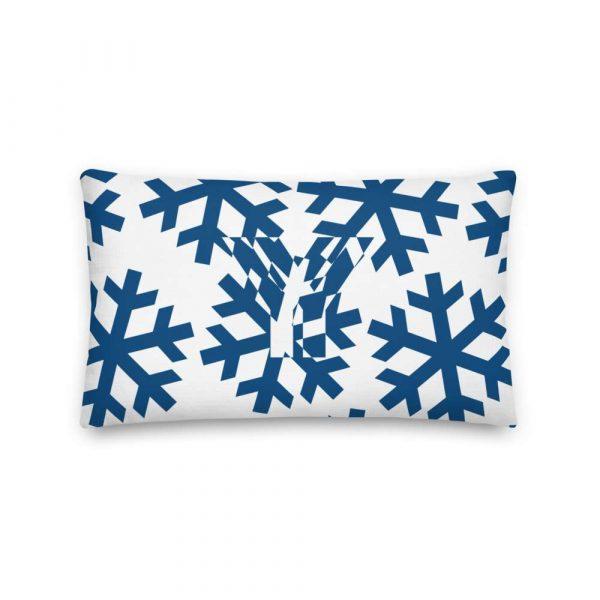 Premium Kissen Schneeflocke blau auf weiß 3 mockup 81a45ce3