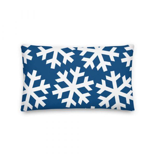 Sofakissen Schneeflocke weiß auf blau 4 mockup 9de1c62f