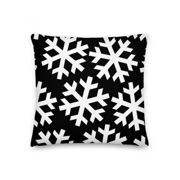 Sofakissen Schneeflocke weiß auf schwarz 2 mockup d17405b1