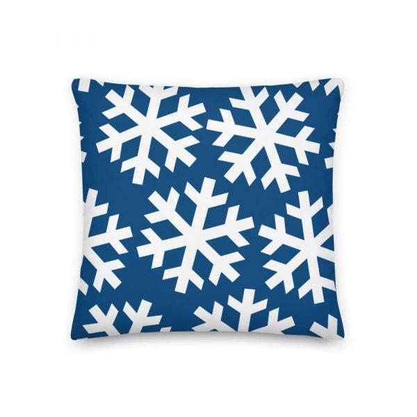 Sofakissen Schneeflocke weiß auf blau 2 mockup f2a2638f