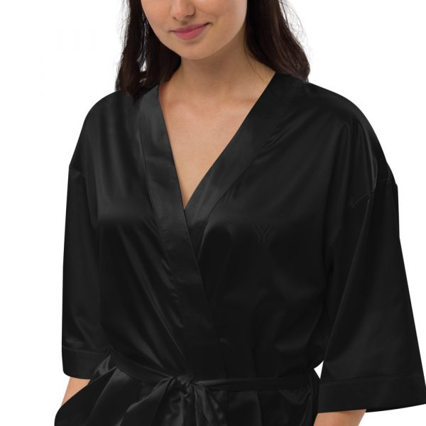 satin-robe-black-zoomed-in-3-615ae7ef27144.jpg