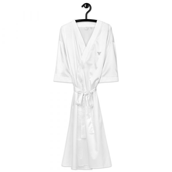 Bademantel-satin-robe-white-front-615ae6a6c5b33.jpg